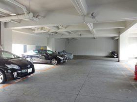 ドエル正和駐車場