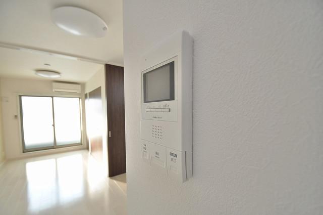 Fmaison verdeⅡ(エフ メゾン ベルデ) TVモニターホンは必須ですね。扉は誰か確認してから開けて下さいね