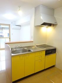 https://image.rentersnet.jp/623e6f03-c364-440b-9e48-a39db2b6152d_property_picture_1991_large.jpg_cap_キッチン