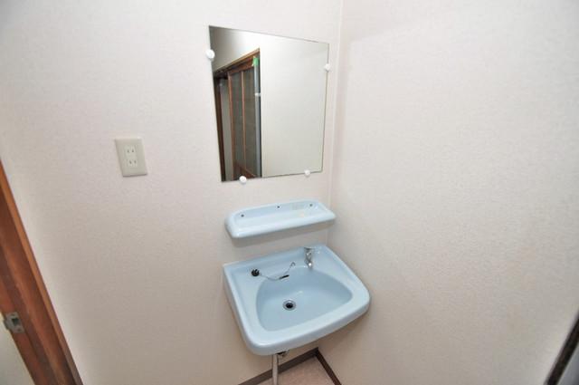 小路東2-3-9 貸家 可愛いいサイズの洗面台ですが、機能性はすごいんですよ。