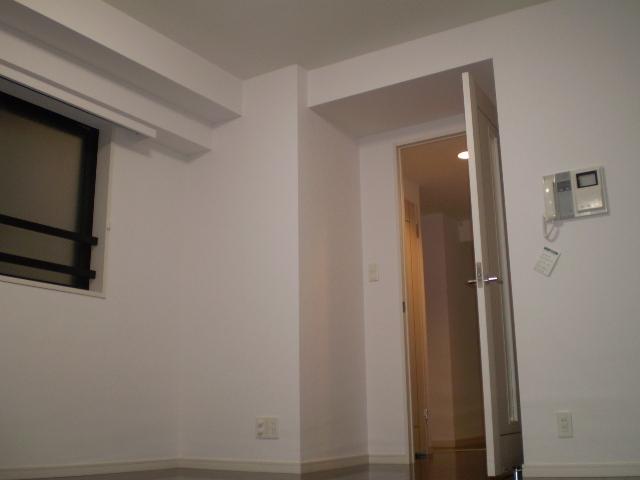 デュオ・スカーラ麹町居室