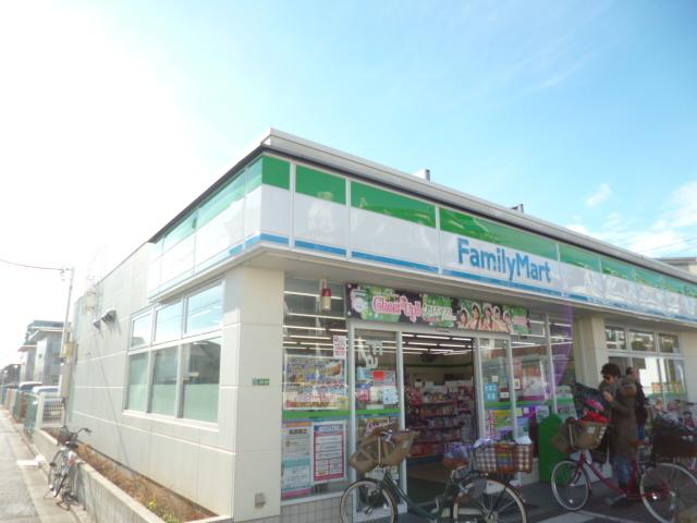 エディフィシオ赤塚[周辺施設]コンビニ