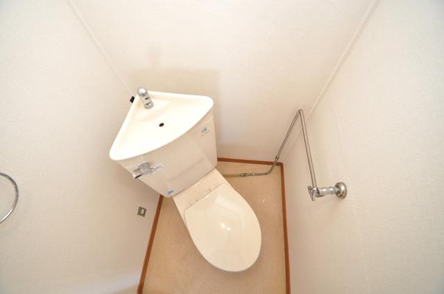 江口コーポ 清潔感のある爽やかなトイレ。誰もがリラックスできる空間です。