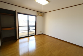 https://image.rentersnet.jp/62db08df-6eb8-4395-b805-a2d46656cb66_property_picture_957_large.jpg_cap_居室
