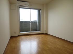 https://image.rentersnet.jp/62ea4f50-5ff9-46ba-a65f-6dbdaa5be8fc_property_picture_958_large.jpg_cap_居室
