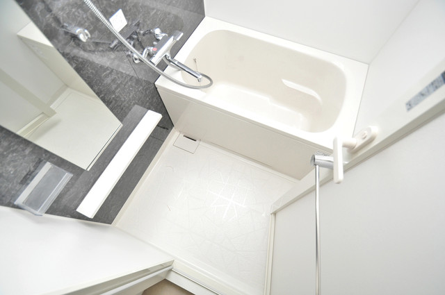スタシオン俊徳道 ちょうどいいサイズのお風呂です。お掃除も楽にできますよ。