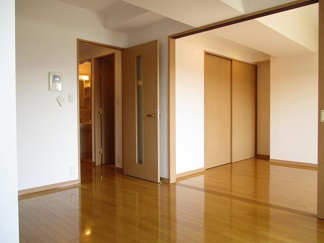 ベェルヴェル稲城居室