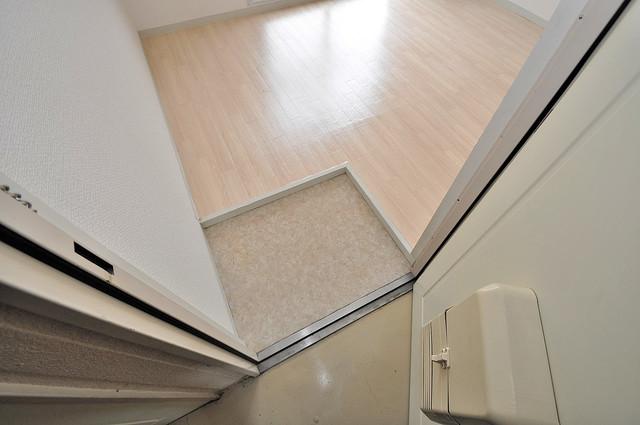 コシベ八戸ノ里 玄関を開けると解放感のある空間がひろがりますよ。