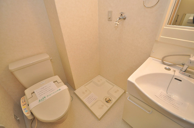 Celeb布施東 洗濯機置場が室内にあると本当に助かりますよね。