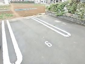 美樹ハイツ駐車場