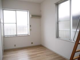 https://image.rentersnet.jp/63e62587-d7b1-4a6c-92b2-43d2c5d96aa1_property_picture_957_large.jpg_cap_居室