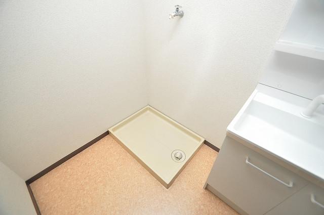 アインス巽 室内洗濯機置場だと終了音が聞こえて干し忘れを防げますね。