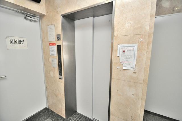 オーキッド・ヴィラ今里 エレベーター付き。これで重たい荷物があっても安心ですね。