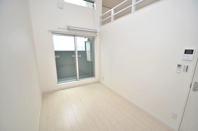 K' ヴィラ(ケーズ ヴィラ) 明るいお部屋はゆったりとしていて、心地よい空間です