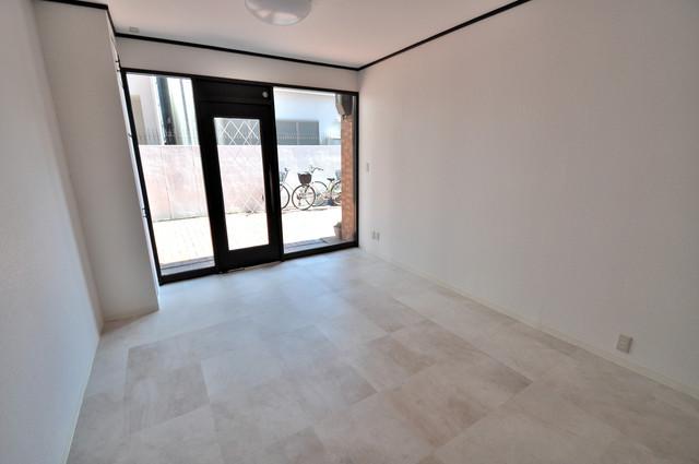 太平寺2丁目 連棟住宅 店舗スペースです。
