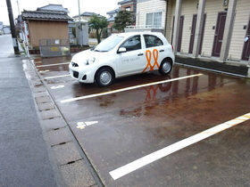 https://image.rentersnet.jp/6492fc63-5acc-476d-a5f4-30c58e46e4c3_property_picture_1991_large.jpg_cap_駐車場