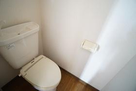 https://image.rentersnet.jp/649780d8-30b0-4010-ae58-c71165124709_property_picture_956_large.jpg_cap_トイレ