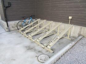 リブリウナフォート駐車場