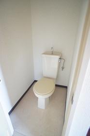 新美レジデンス�T 302号室