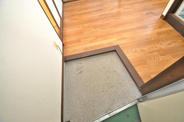 坂下マンション 素敵な玄関は毎朝あなたを元気に送りだしてくれますよ。