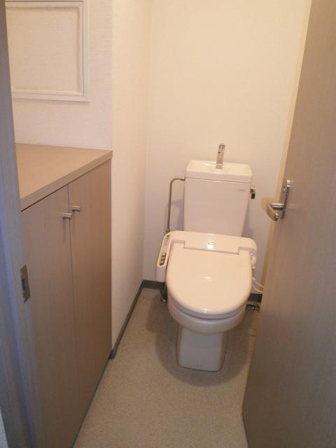 ステラ清水トイレ
