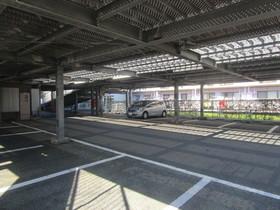 鶴巻温泉駅 車12分4.3キロ駐車場