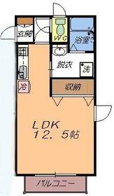 https://image.rentersnet.jp/658e2a5070ca8c519e16ad6e661eeb55_property_picture_956_large.jpg_cap_広々12,5帖のお部屋です。家具家電をおいてもゆったり使えますね。