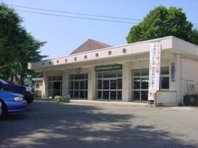 https://image.rentersnet.jp/65e22c51-878a-4743-8370-8defa3fee8ed_property_picture_3186_large.jpg_cap_長岡市立宮内中学校