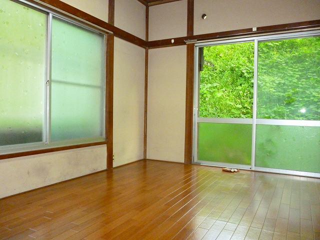 鈴木荘居室