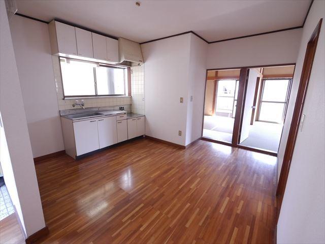 斉藤アパート居室