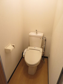 https://image.rentersnet.jp/6707f0c7-88d5-4904-b603-e574a9862f64_property_picture_958_large.jpg_cap_トイレ