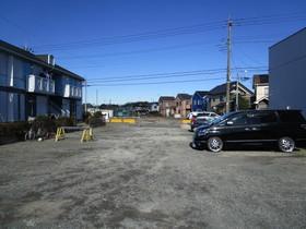 センチュリーカーサ中島駐車場
