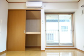 https://image.rentersnet.jp/671eedb6-2878-4101-a0f6-fab0642a4445_property_picture_1992_large.jpg_cap_居室