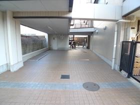 羽田ツインコート 102号室