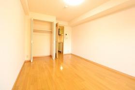 https://image.rentersnet.jp/676c1187-27d2-4d28-82e9-2f1a671191d4_property_picture_1992_large.jpg_cap_居室