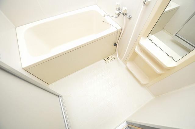 パレグリシーヌ 足が伸ばせる広い浴槽はナイスですね!