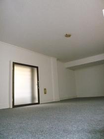 コーポマリーナ 102号室