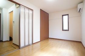 リヴェール南雪谷 103号室