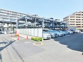 グランシティレイディアント東京ウエスト駐車場