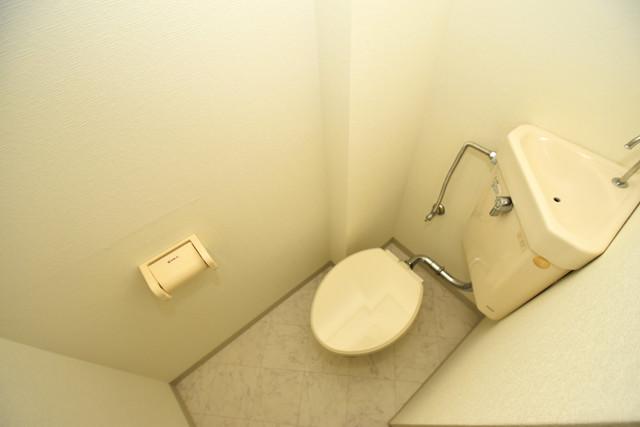 SG第2グローバルハイツ スタンダードなトイレは清潔感があって、リラックス出来ます。