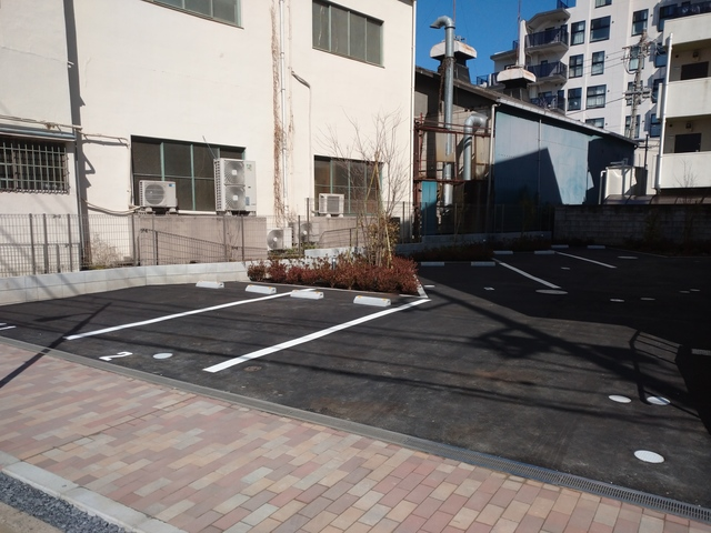 (シニア限定)ヘーベルVillage赤羽志茂駐車場