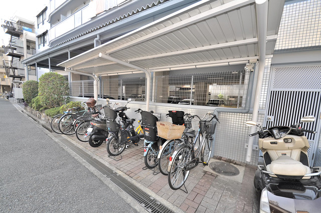 ステーブル荒木 あなたの大事な自転車も安心してとめることができますね。