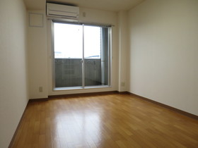 https://image.rentersnet.jp/690682ff-70a5-4f3a-b5d3-0951187fdfc7_property_picture_958_large.jpg_cap_居室