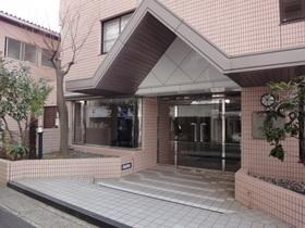 https://image.rentersnet.jp/6915aff9a155fc1344c40802210c1251_property_picture_2418_large.jpg_cap_エントランス