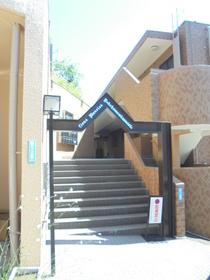 南太田駅 徒歩15分エントランス
