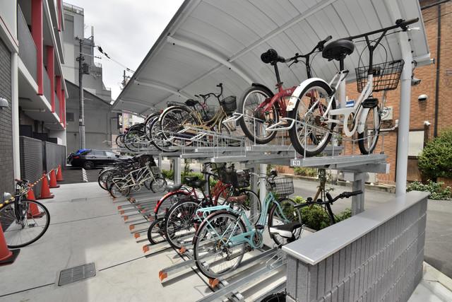 グランパシフィック今里Luxe あなたの大事な自転車も安心してとめることができますね。
