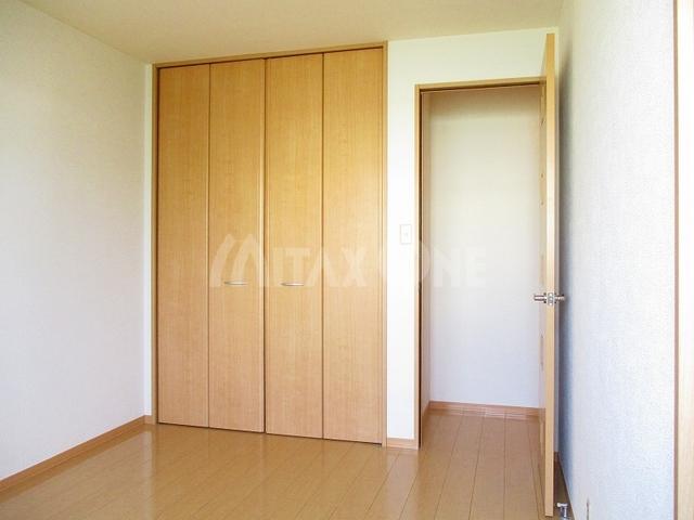 ヴェルデュール居室