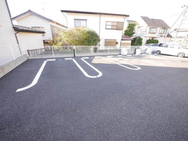 グレースK駐車場