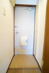 https://image.rentersnet.jp/69aaf8a2-f86e-4a96-a727-c663f2ec459f_property_picture_960_large.jpg_cap_他号室の参考写真