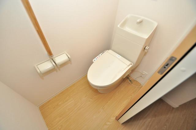 エイチ・ツーオー新深江 スタンダードなトイレは清潔感があって、リラックス出来ます。